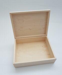 Cutie din lemn cu capac - 27,5x20,5 cm.