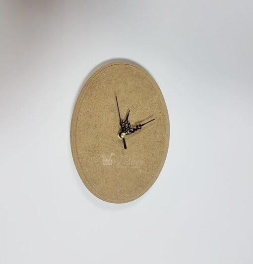 Ceas oval din MDF cu bordură decorativă