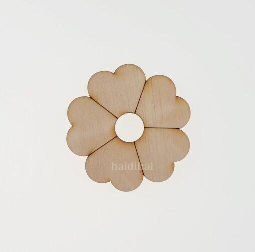Decorațiune lemn - floare - 4,5 cm 1