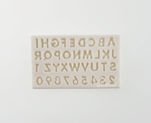 Formă silicon - Numbers and Letters- 10.3x6.5x0.5 cm 1
